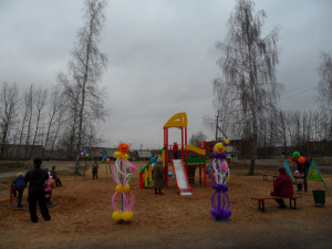 детская площадка подкресть 2.11.2013